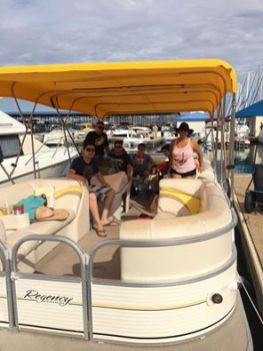 pontoon rental lake pleasant