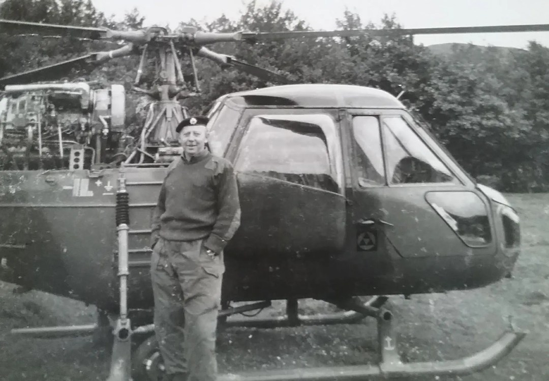 Don Davies on helicopter fueling training course