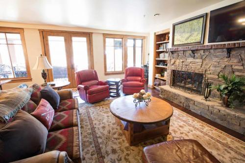 A301-living-room