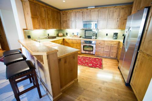B202-kitchen