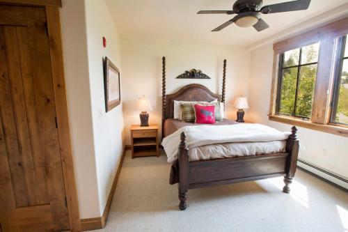 C102-second-bedroom