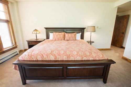 C205-second-bedroom