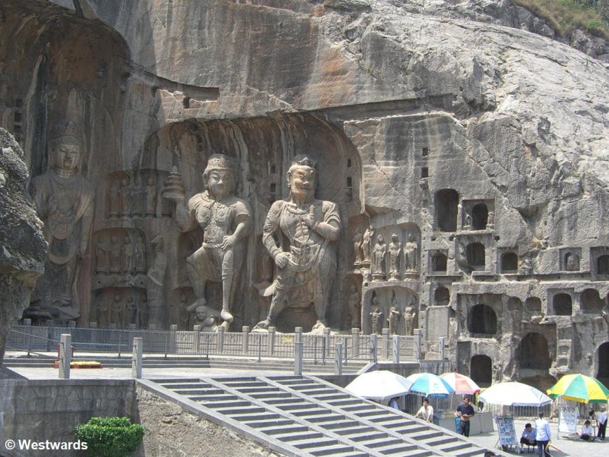 20060619 Longmen Fenxian Temple 4