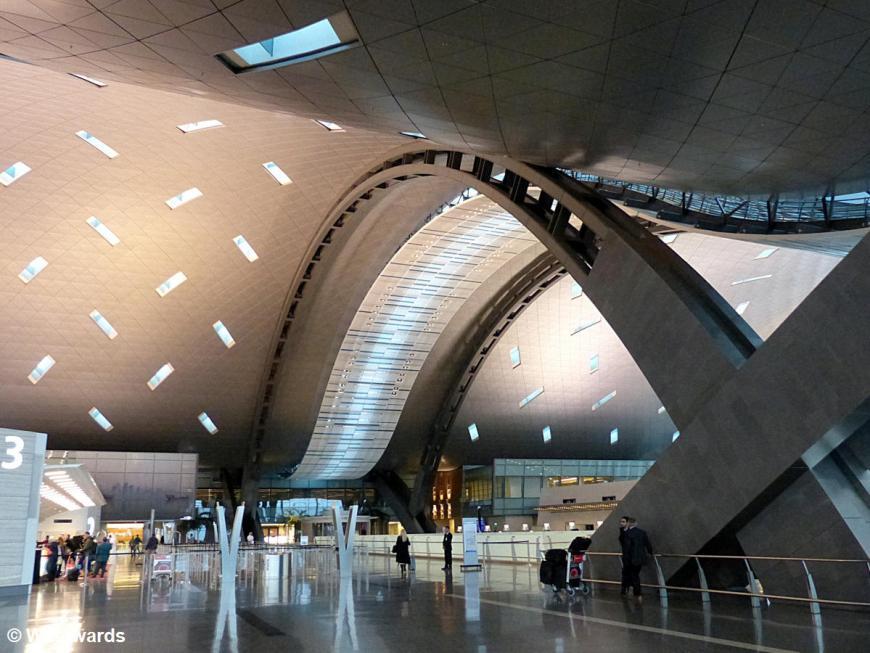 20160119 Doha Hamad International Airport arrival P1220752