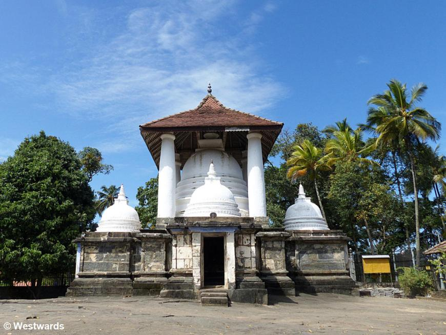 20160126 Kandy Gadaladeniya Temple P1230618