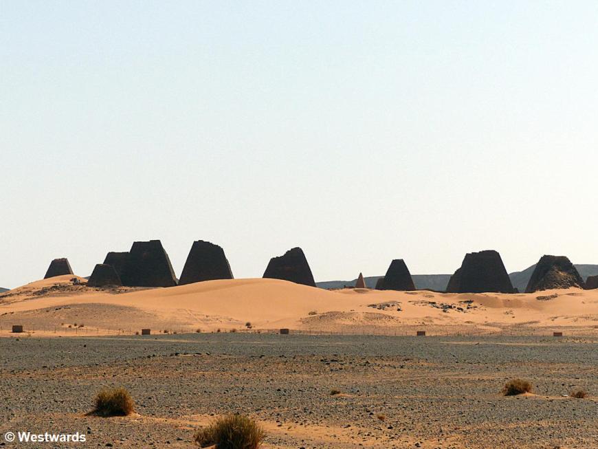 20161119 Meroe Pyramids P1360816
