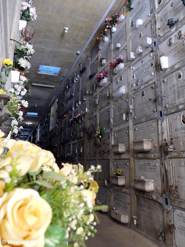 20180623 Bologna Cimitero della Certosa P1540463