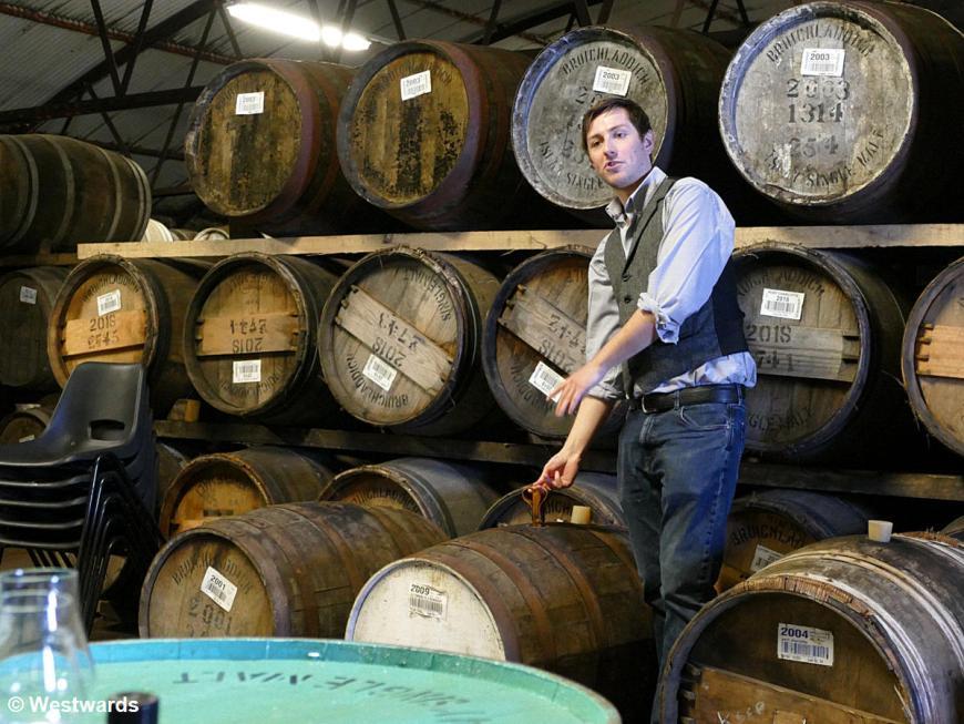 20190517 Islay Bruichladdich Distillery Warehouse Tasting P1660787