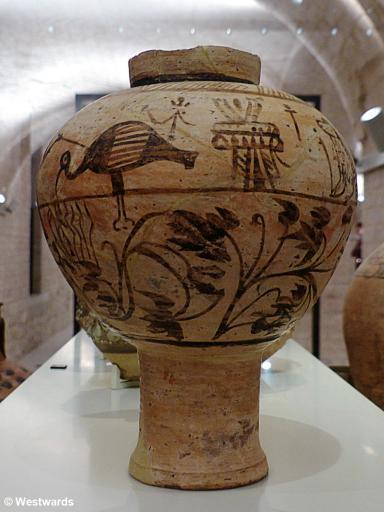 Dinos-artiges Gefaess meroitisch 270BC-320AD P1340968