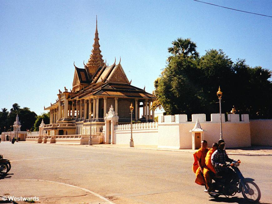 Monks on a motorbike near the Royal Palace of Phnom Penh