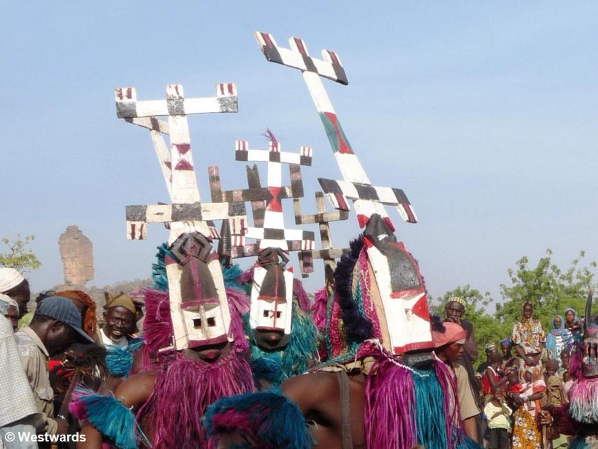 20081227 DT Ende Festival dancer 1020514