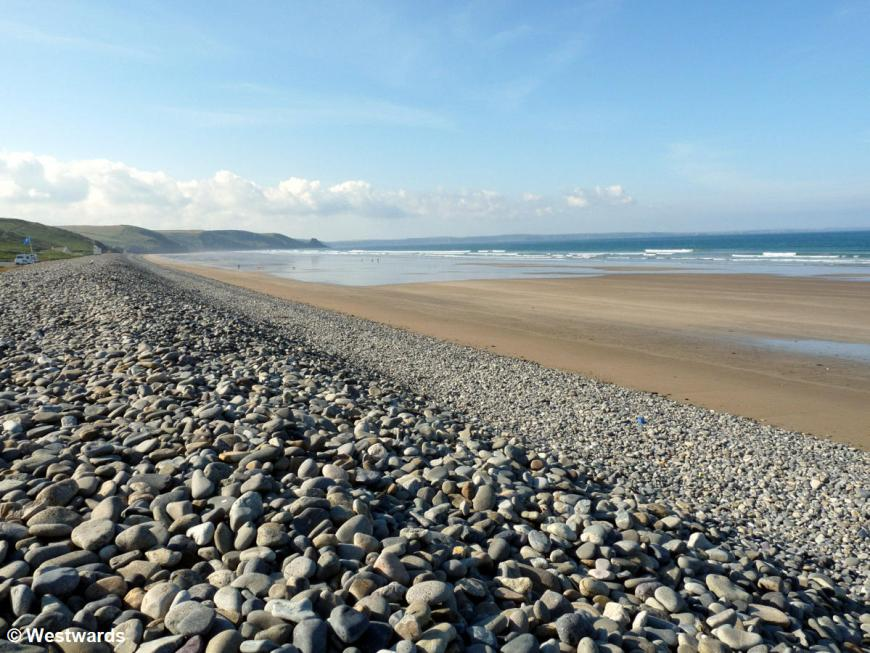 Newgale Beach, Sand and pebbles
