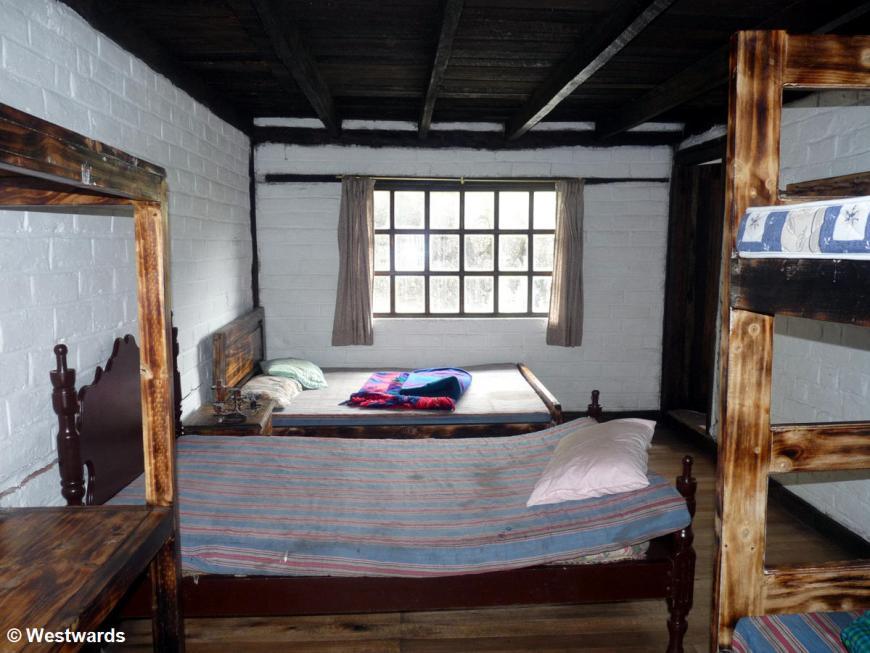 20120217 Refugio sleeping P1320731