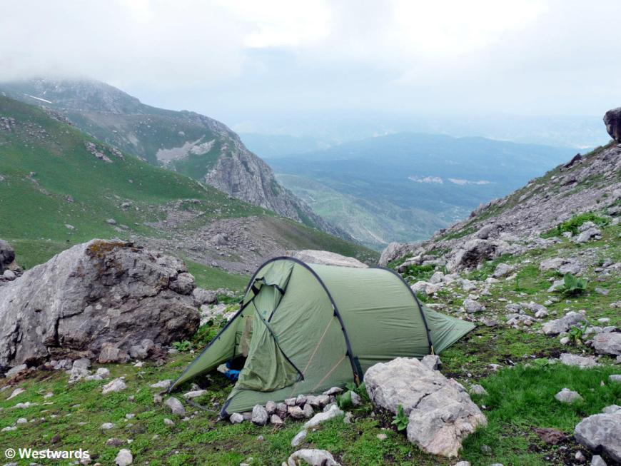 20120622 Arslanbob mountains camp P1350713