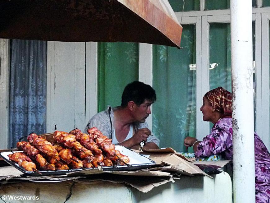 20120625 Jalal Abad Bazar food stall P1350904