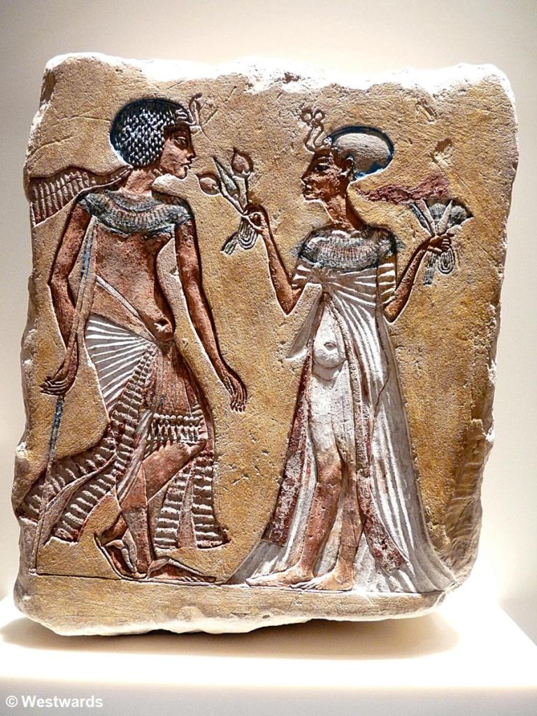 20121205 Berlin Amarna Koenigspaar-Relief P1380278