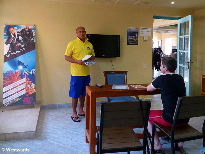 classroom for the SSI Open Water Diver course