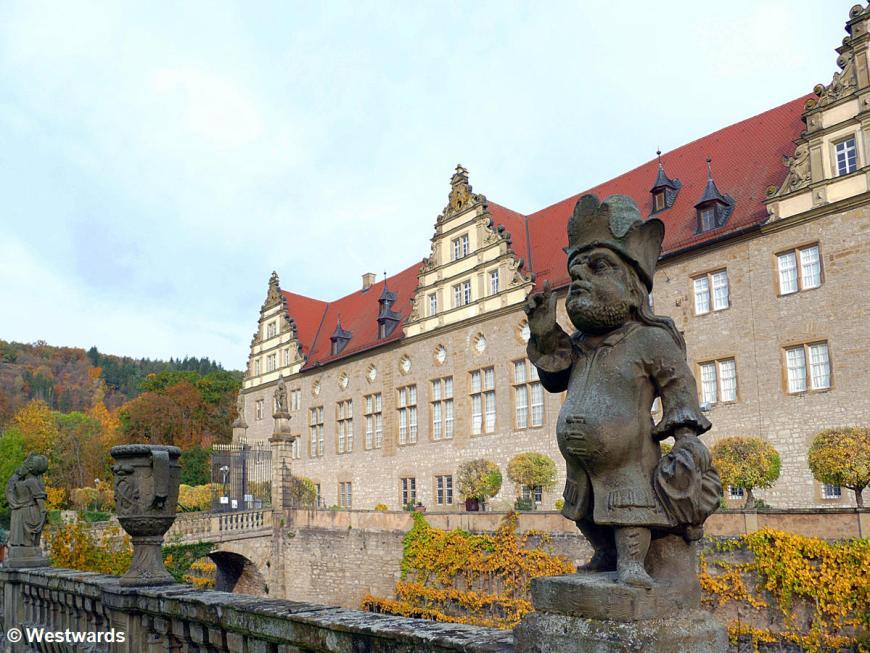 20201025 Weikersheim Schloss Barockgarten Zwergengalerie P1840218