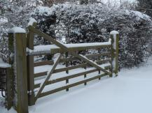 gate in snow_2