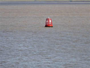 BW. 03. Red buoy in 'blue' river