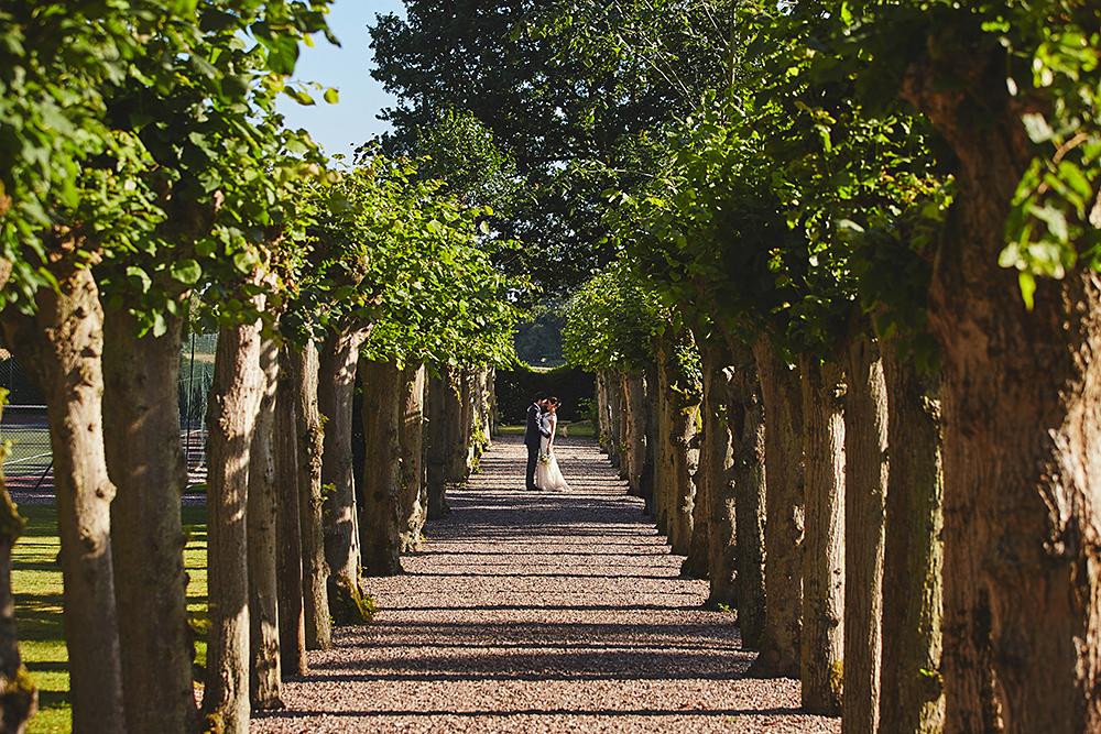 hoar-cross-hall-wedding-photographer-in-staffordshire-37