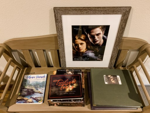 Twilight themed photo albums, books and a game at a vacation rental in Forks, Washington