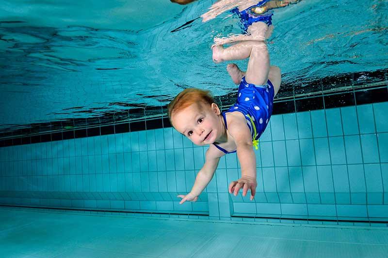 Onderwaterfotograaf Babyzwemmen