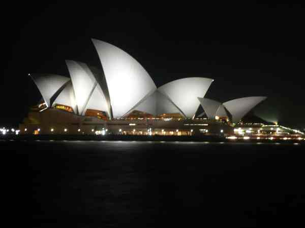 Best Things to Do in Sydney Australia Sydney Opera House at night