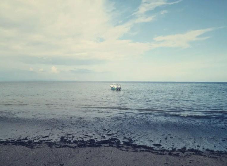 Mit dem Boot ging's nach Isla Tortuga