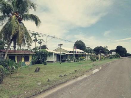 Rangerstation in Puerto Jimenez. Hier meldet man sich für Corcovado an.