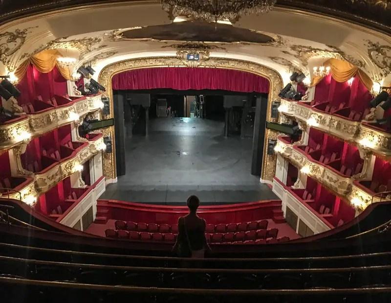Antonin-Dvorak-Theater_02