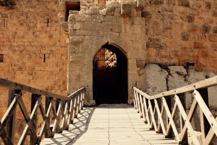 Brücke zur Festung von Ajloun, Jordanien