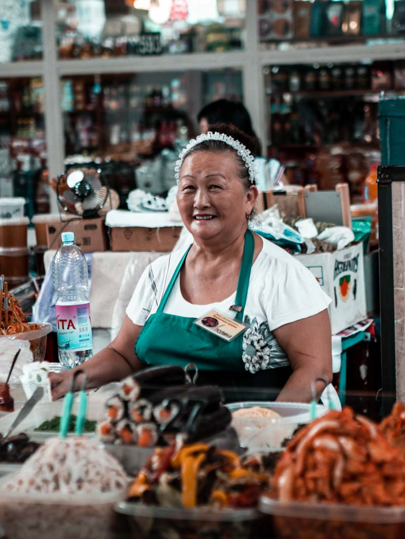 Rondreis Kazachstan: de groene markt in Almaty