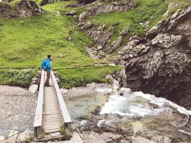 Fluss Sumvitg in der Greina Ebene