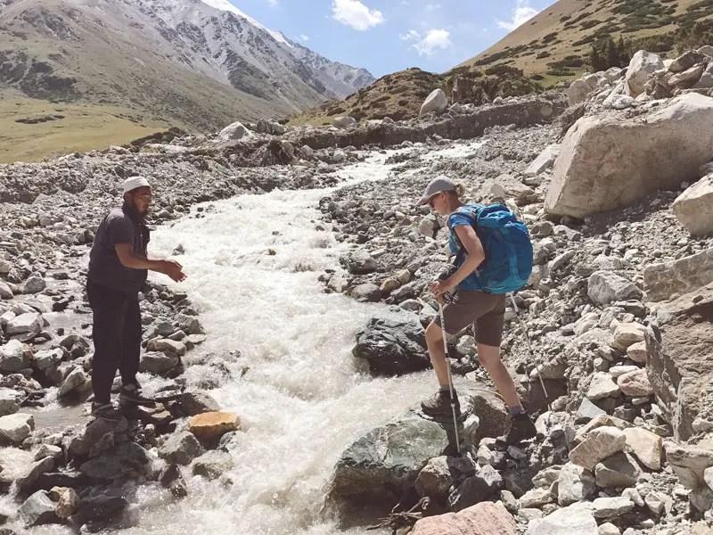 Flussueberquerung Kirgistan
