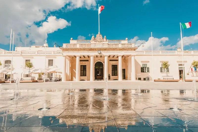 Valletta St George's square