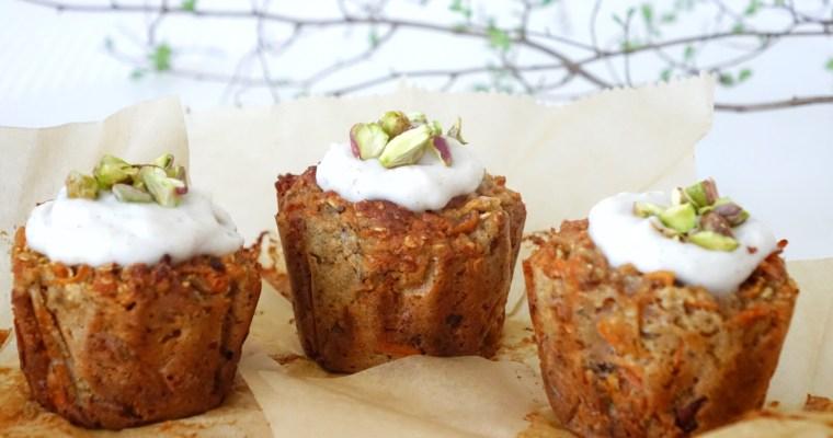 Osterliche, vegane Karotten Muffins mit Walnüssen