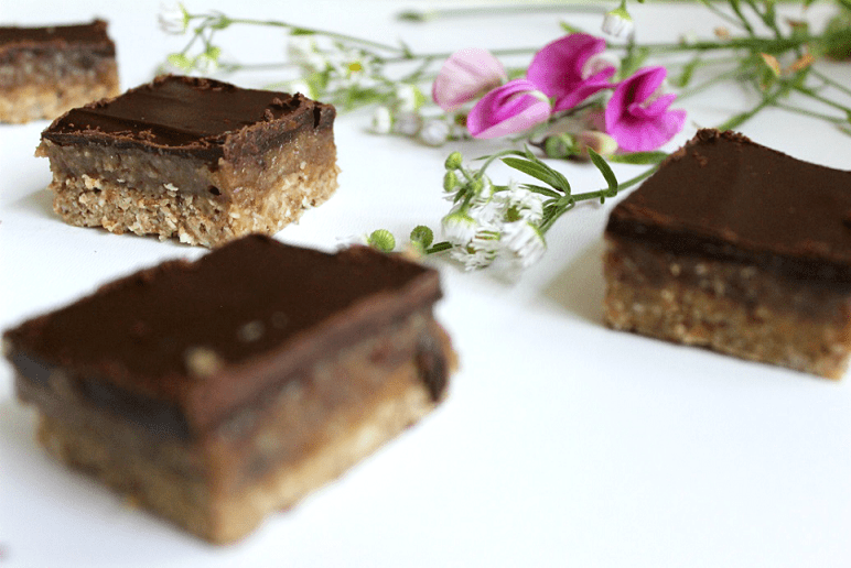 No bake! Vegane Caramel Slices