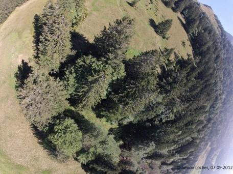 Letztes Bild vor der Landung, aufgenommen von der Kamera, welche eigentlich zur Seite fotografieren sollte