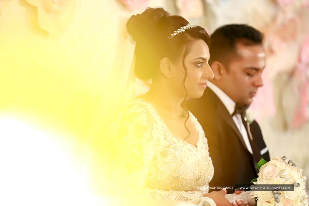 13 christian-wedding-candid-photo-shoot