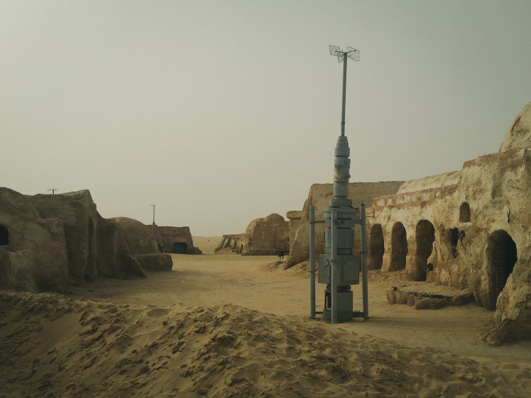 Star Wars film locations in Tunisia - The dusty streets of Mos Espa, Tatooine.