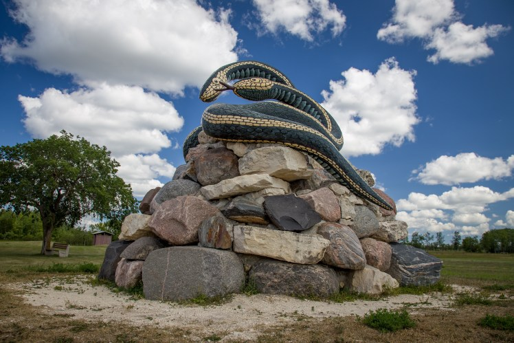 Gint Garter Snake Statue, Giants Statues of Manitoba.