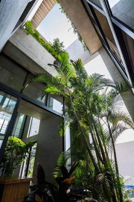 The_Binh_House_Vietnam_VTN_Architects_07-1050x1575