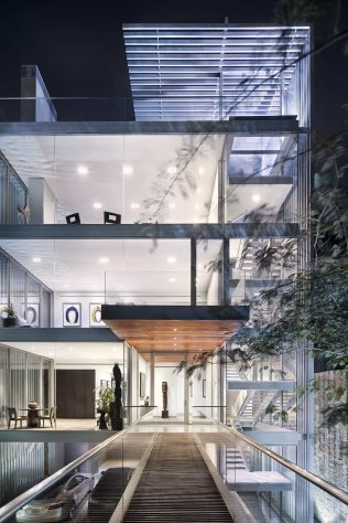 Vertical_House_Miro_Rivera-Architects1
