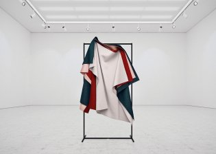 Art_HangingPaintings_TadaoCern_02