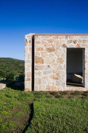 architecture-stazzodaldiahouse-altromodoarchitetcts-06-1-720x1079