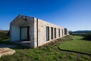 architecture-stazzodaldiahouse-altromodoarchitetcts-04-1440x960