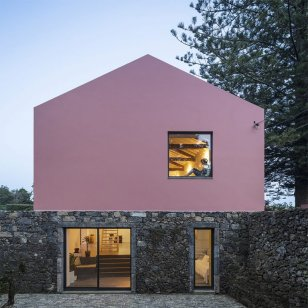 architecture-pink-house-02-768x768