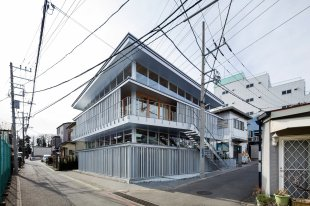substrate-factory-ayase-aki-hamada-architects-architecture-infrastructure-japan-factories_dezeen_2364_col_2