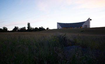architecture-pezo-von-ellrichshausen-chile-001-1440x882